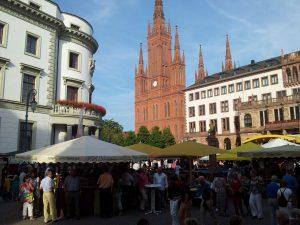 Weingut Schönleber auf dem Rheingauer Weinfest in Wiesbaden.