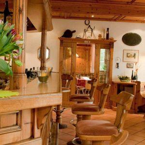 Hotel und Weinstube im Rheingau: F.B. Schönleber.